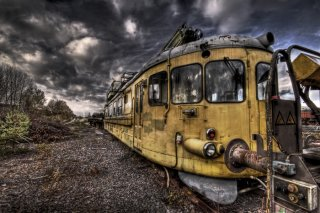 abandoned_train
