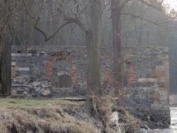Spálený mlýn, Telín