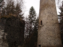 hrad Volfštejn, Černošín